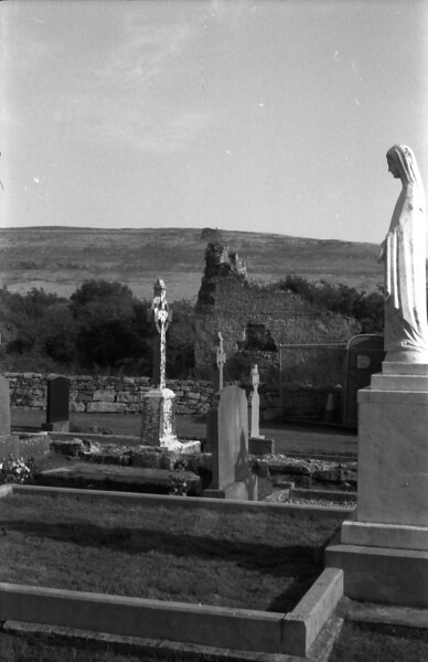 11 7-18-06 church graveyard
