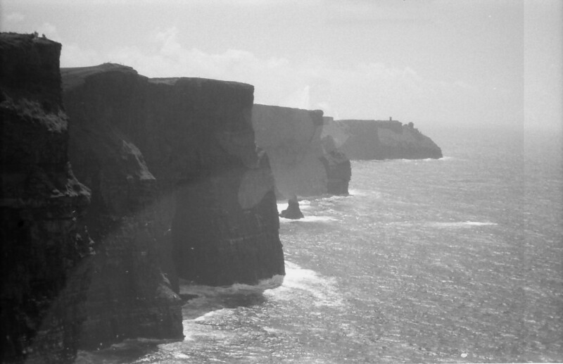 27 7-9-06 Clliffs of Moher