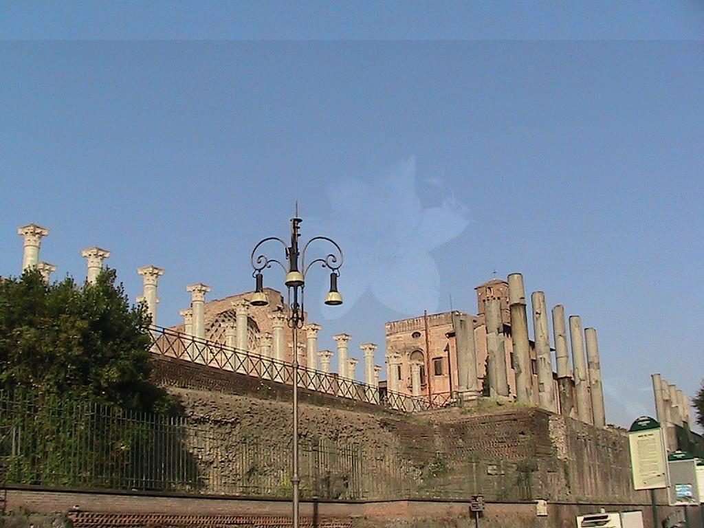 369 Rome Forum