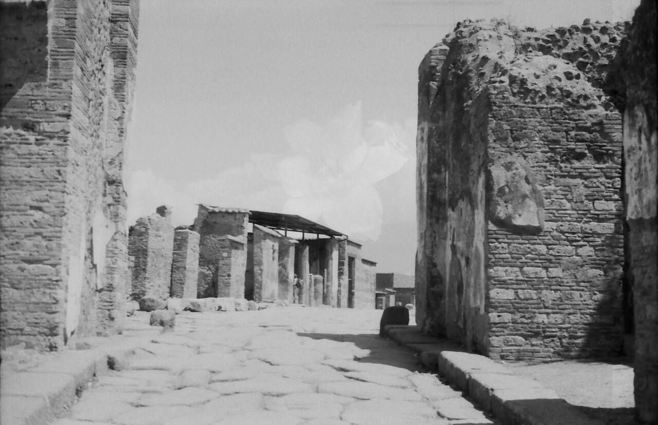 22 Pompeii