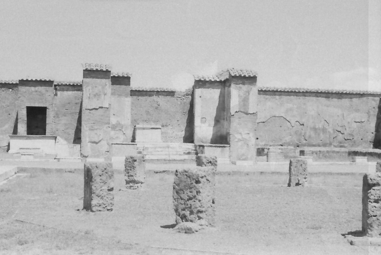 36 Pompeii