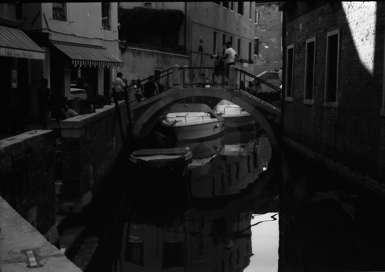 26 Venice bridge water boats