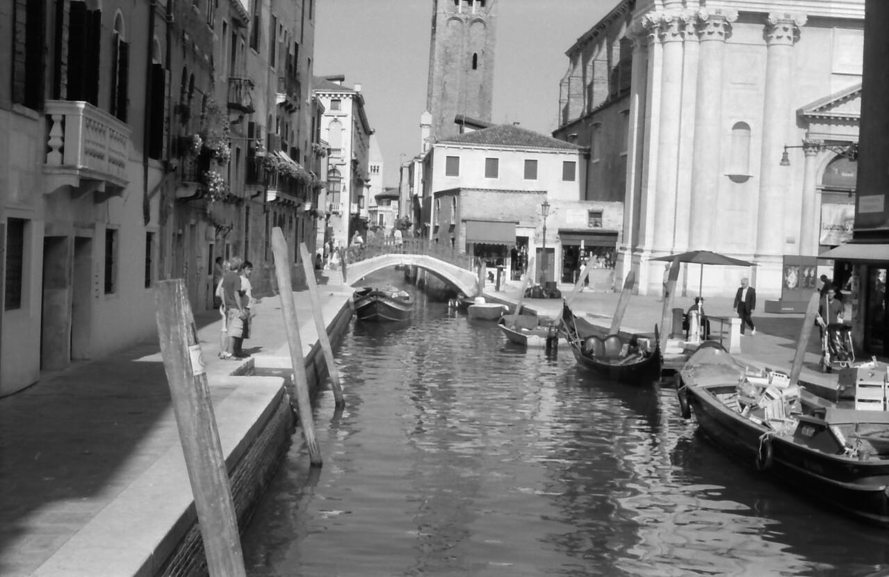 20 Venice bridge water