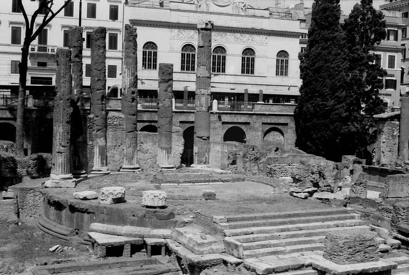 22 Rome ruins