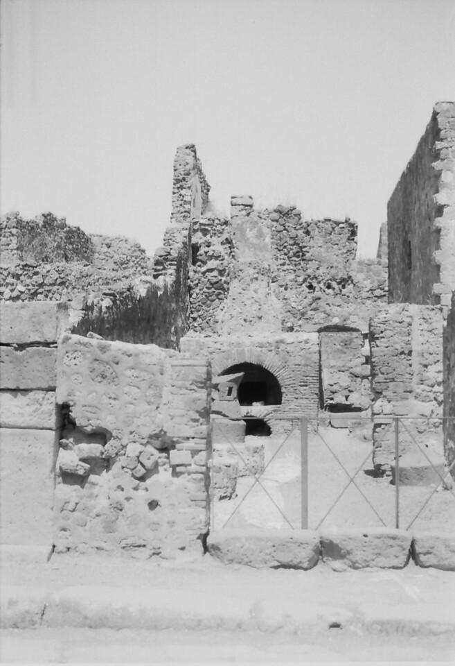 17 Pompeii