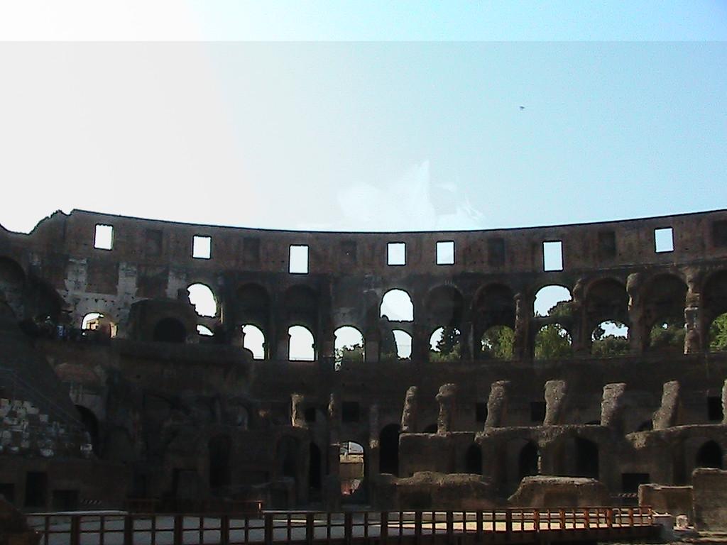 409 Rome Colosseum