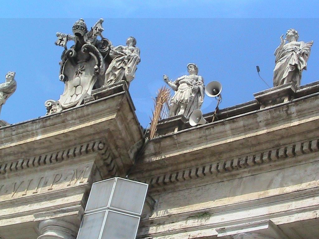 247 Rome Vatican