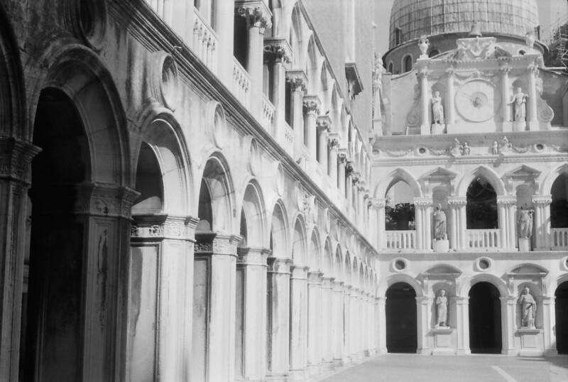25 Venice Doge's Palace