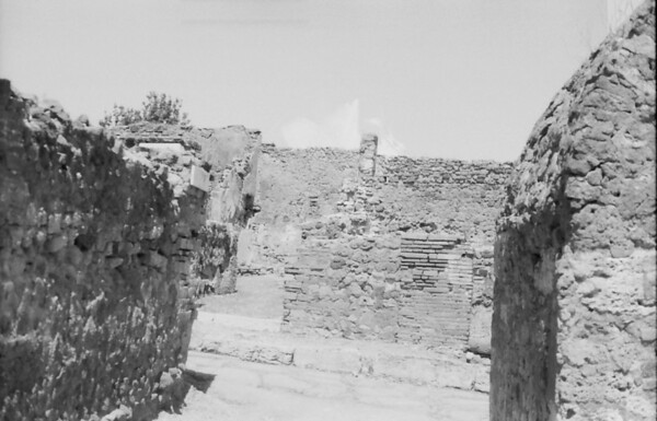 19 Pompeii