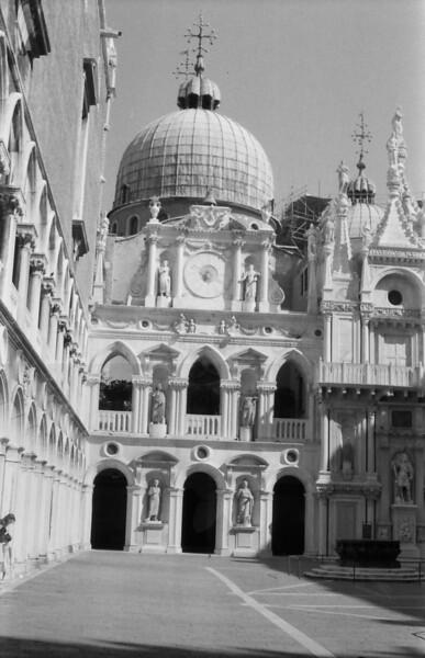 23 Venice clock