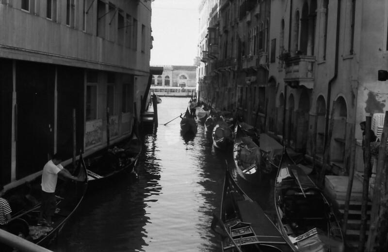 8 Venice gondolas canal