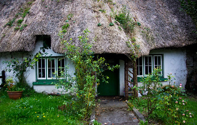 Adare thatched roof cottage