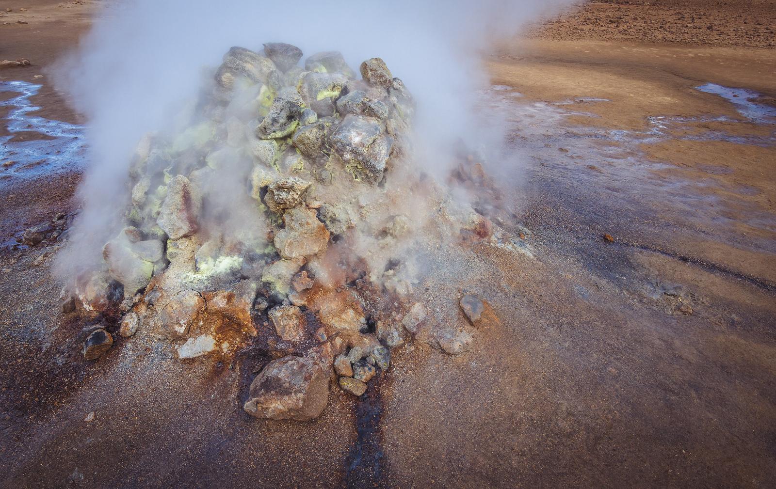 Steam pile in Námaskard