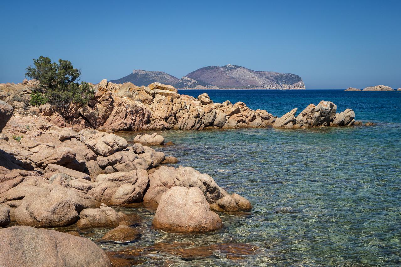 Aloned beaches on Capo Ceraso