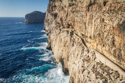 Trail to the Grotta di Nettune on Capo Caccia