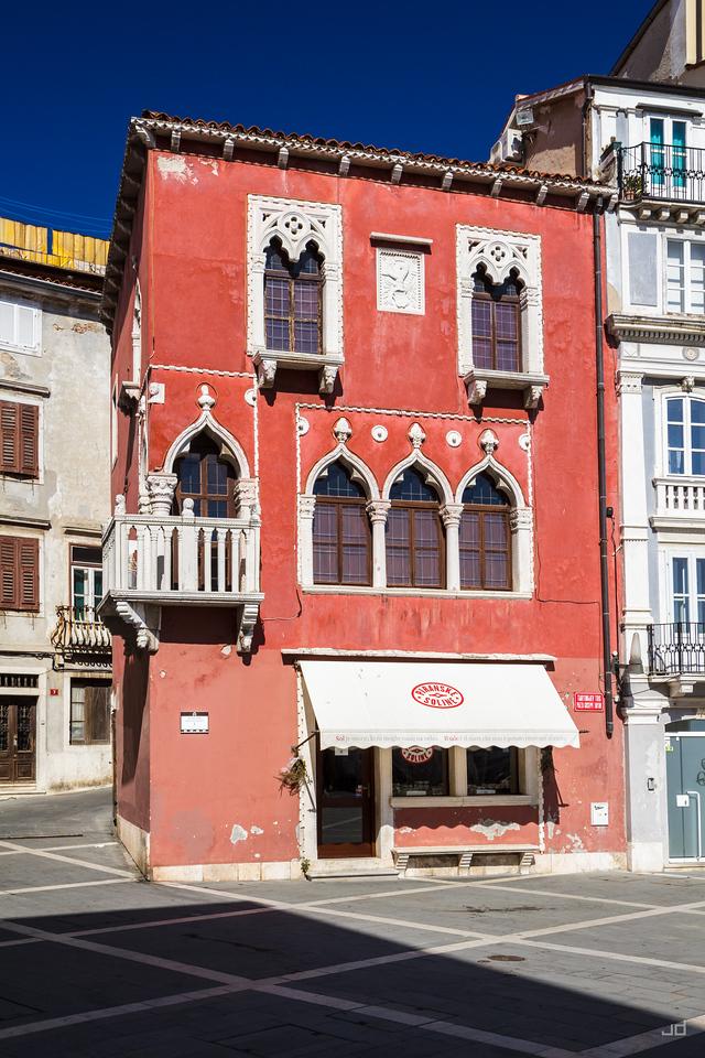 Shop with sea salt in Piran