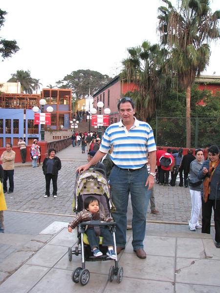 Cesar and Angela at the Puente de los suspiros (Sigh Bridge), an iconic place in Barranco.<br /> Cesar y Angela en el puente de los suspiros, un lugar muy importante en Barranco.