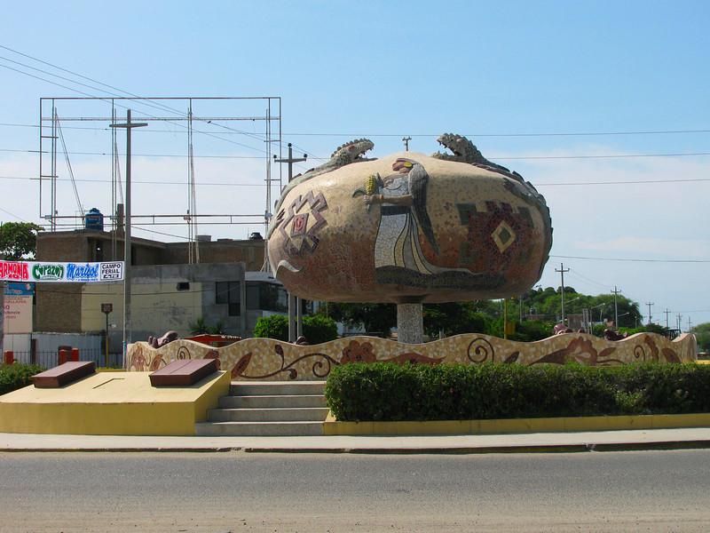 Una de las tantas placitas pintorescas de la ciudad...<br /> <br /> One of many main plazas in the city.