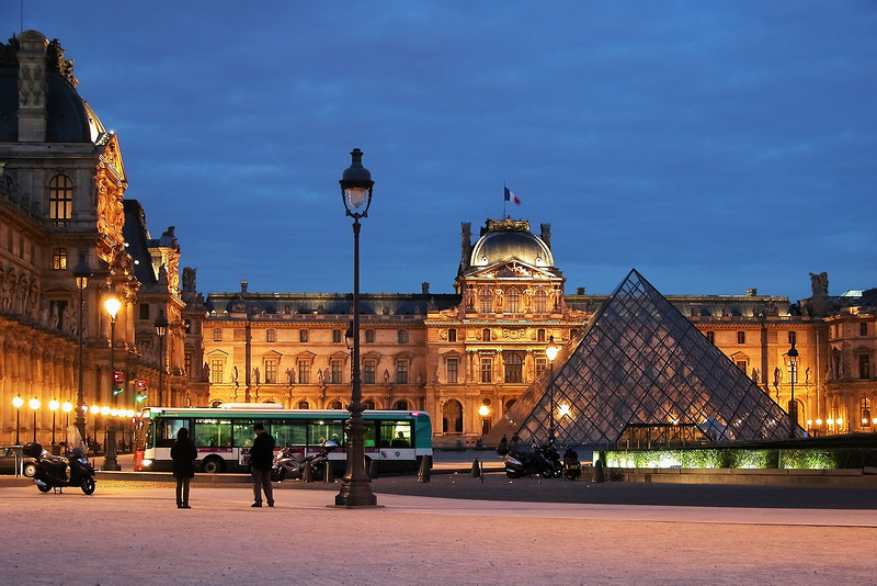Louvre and the Pyramides after sunset, Paris, France.