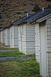 """Mammoth Lakes Cabins"""