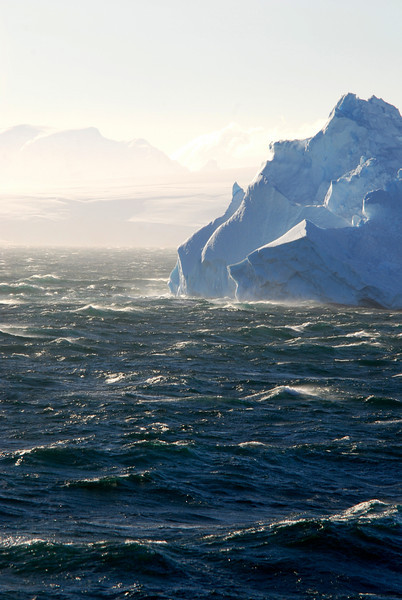 Big 'berg in the channel between Antarctica and the islands