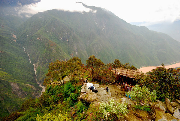 Tiger Leaping Gorge & The Stone Forest
