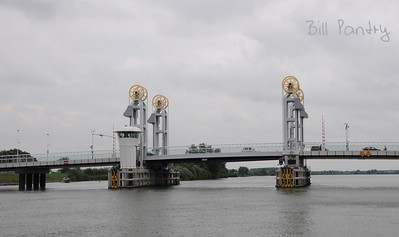 Kampen Brug, on the water, day two