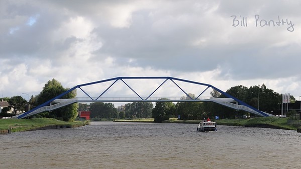 Frankhuisbrug, on the water, day three