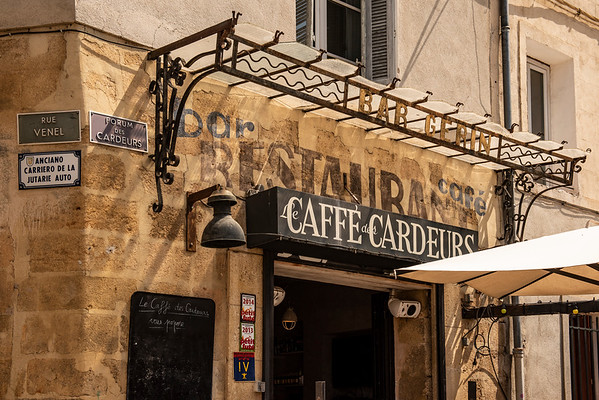 Sign in Aix en Provence