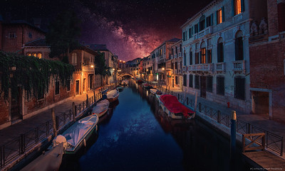 2016.73 - LE - Venice XIII - Canals at Night