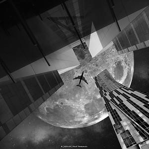 2020.02 - PS - Warsaw Zlote Tarasy Moon - BNW - HRes