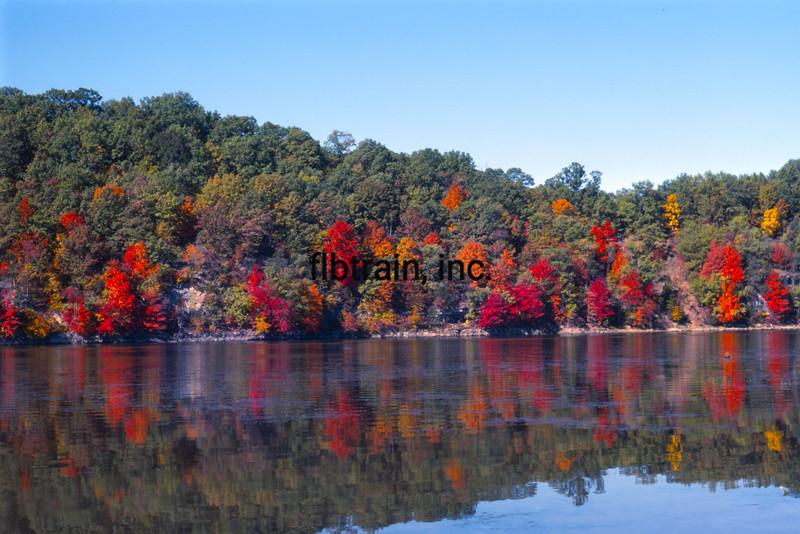 USA1980110036 - USA, Missouri, Lake of the Ozarks, 11-1980