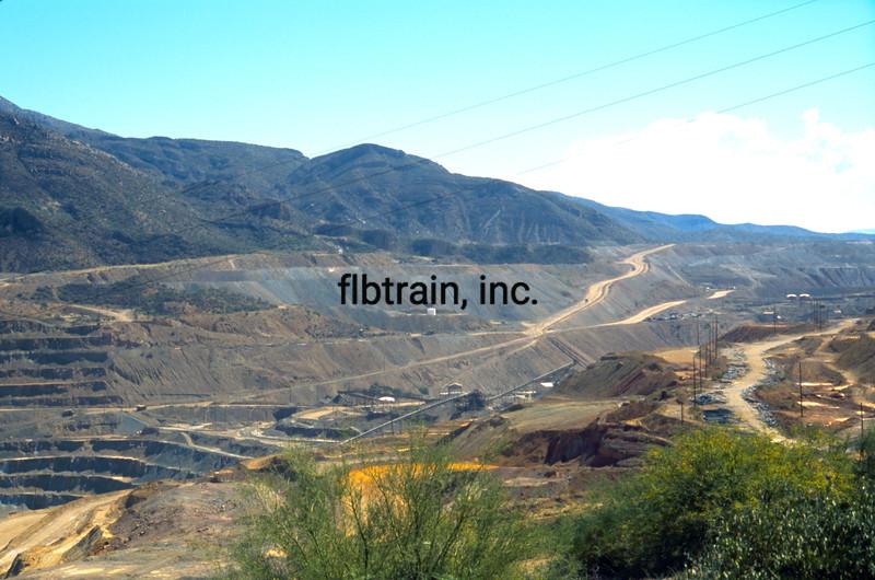 USA2004090022 - USA, Copper Basin RR, Ray Mine, AZ, 9-2004
