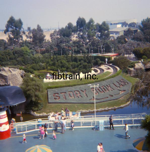 USA1965090040 - USA, Disneyland, California, 9-1965