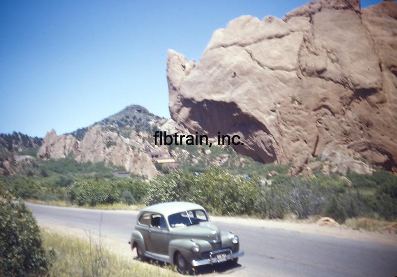 USA1946080217 - USA, Garden Of The Gods, Colorado, 8-1946