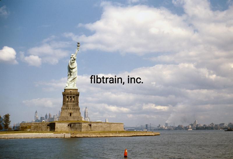 USA1952090381 - USA, New York, New York, 9-1952