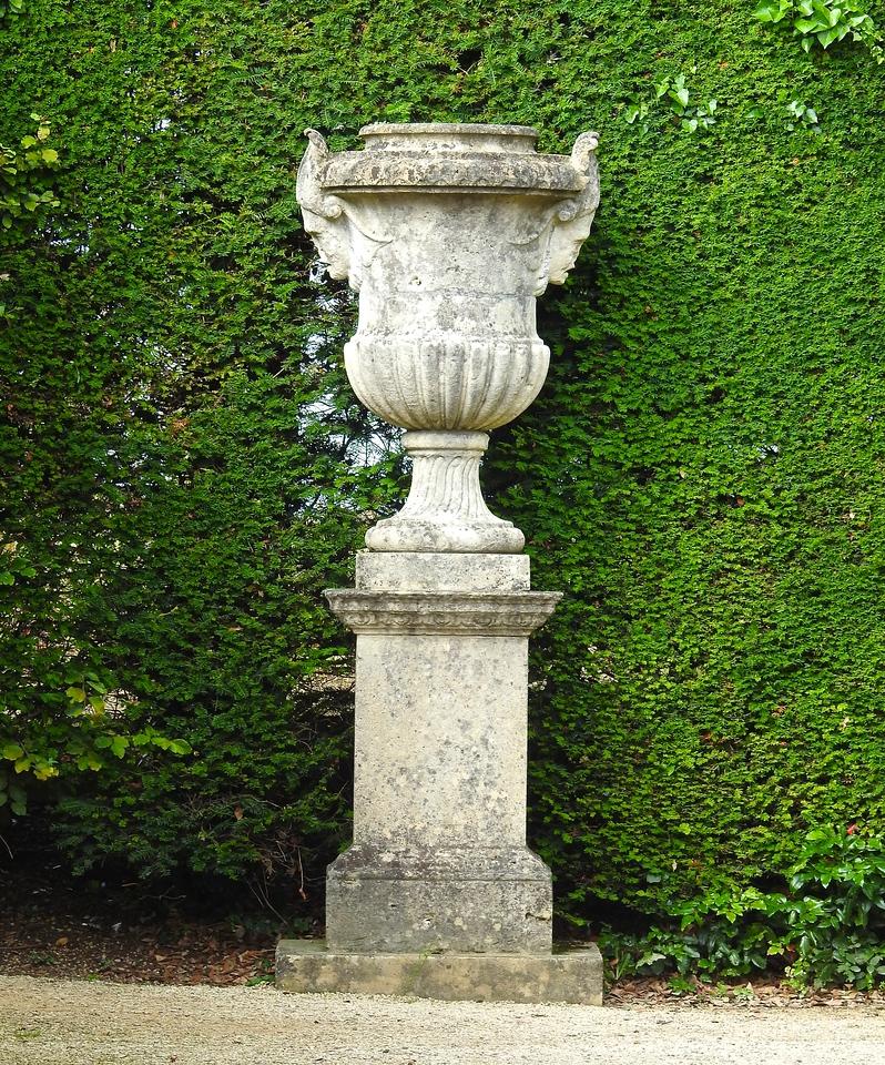 Urn at Hidcote