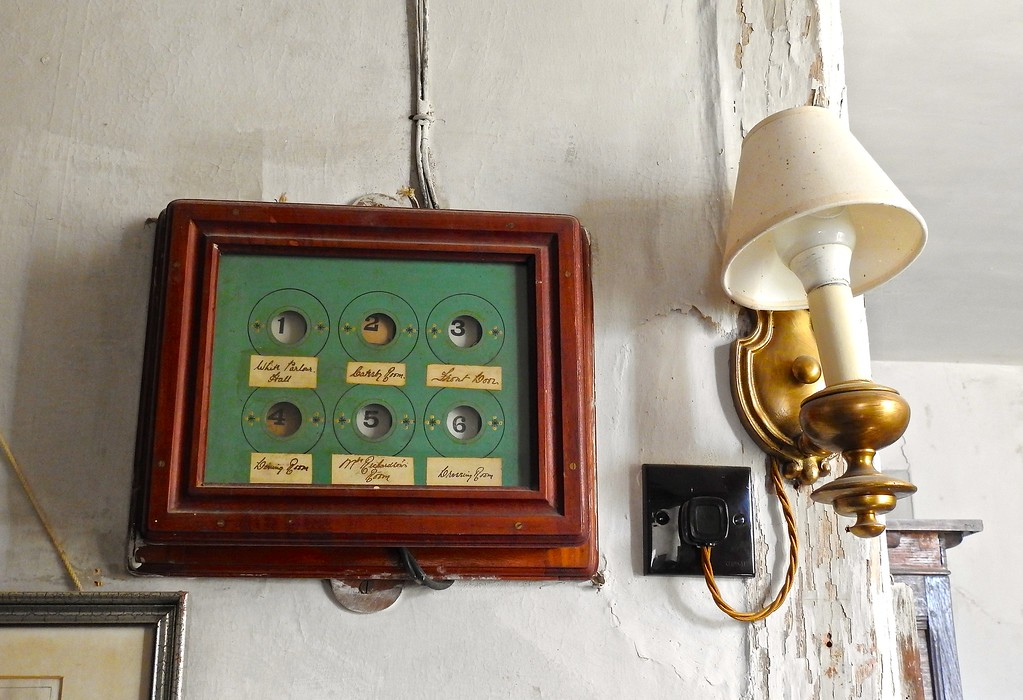 Annunciator, Chastleton House, Oxfordshire