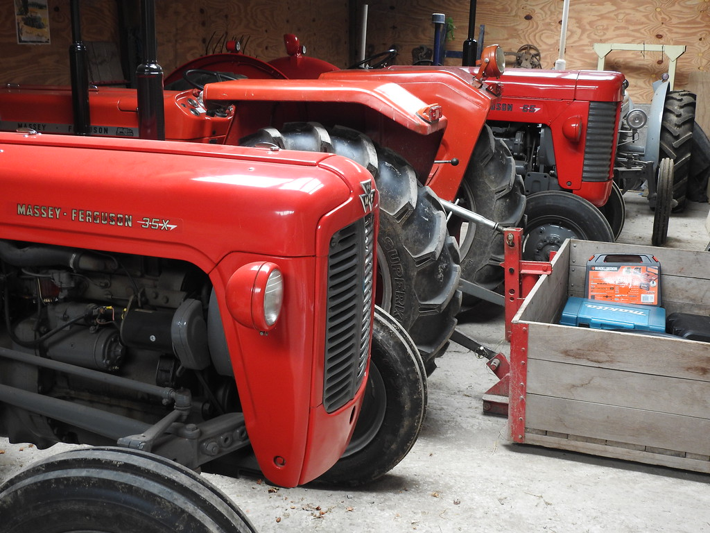 James' Tractors, Chestnut Farm, Somerset