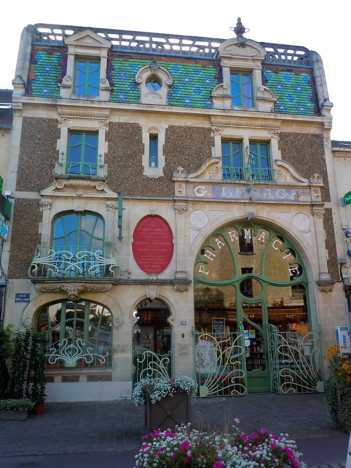 Art Nouveau Pharmacy