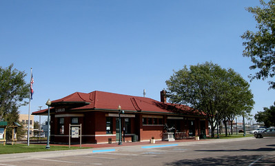 the historic depot at Lamar and a great visitor center