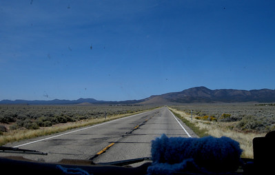 long straight roads into Nevada. Time to knit.