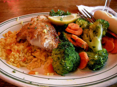 no phot can actually show how succulent and moist this lightly seasoned cajun walleye was