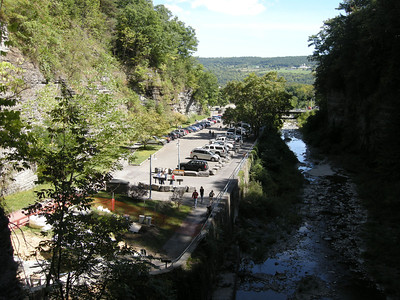 the main parking lot of the gorge trail