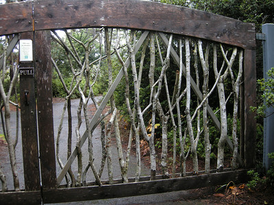 he deer proof gate