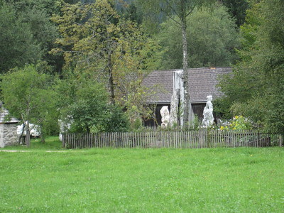 Local Bad Mitterndorf sculpturer's house on the bike trail