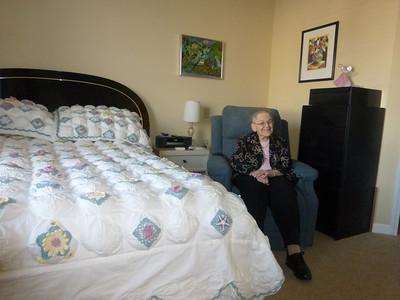 13_Mom in her bedroom