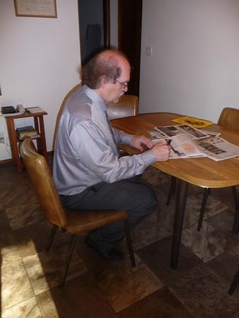 Al enjoys doing crosswords and word games