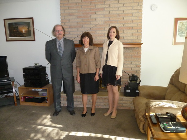 Al, Shirley, and Andrea in Al's living room