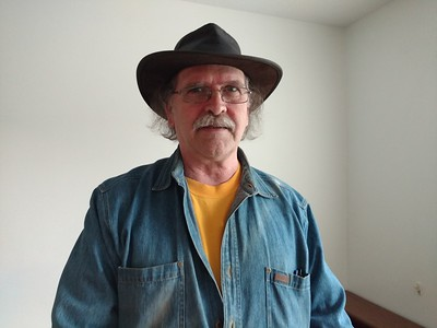 Al looking like Grandpa Paul Schoberg in Paul's Aussie hat
